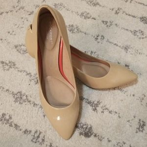 Rockport Total Motion patent nude heels size 7